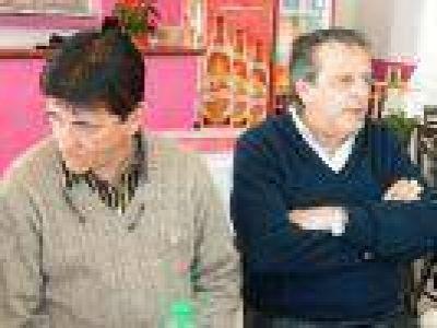 El intendente Gasparini, recibió a Calos Bonicatto, el Defensor del Pueblo de la provincia de Buenos Aire