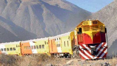 Algunos pícaros quieren cobrar 2 veces el boleto del Tren a las Nubes