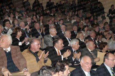 Distinguen a abogados con trayectoria en la Ciudad