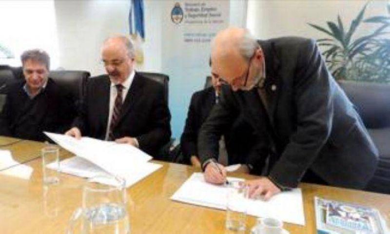 ARBIA y COSITMECOS firmaron carta de intención ante el Ministro Tomada por la sostenibilidad de los medios y el trabajo registrado