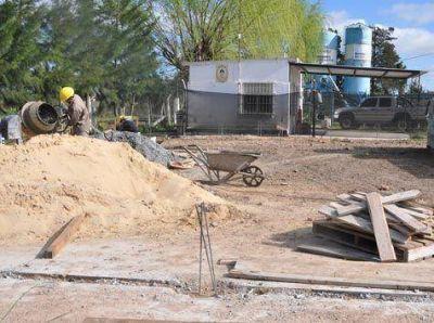 Comenzó la construcción de la sede del GAD
