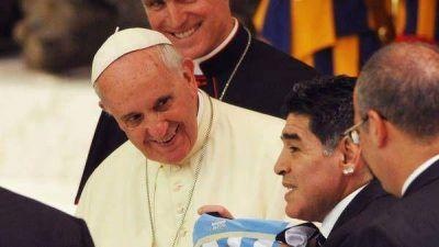 Maradona en Roma: entre Guillermo Moreno y el papa Francisco