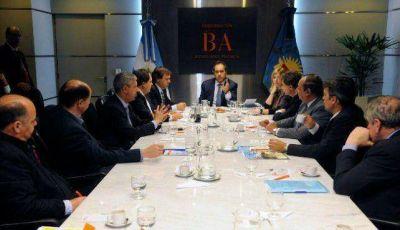 Sánchez e intendentes vecinalistas se reunieron con el gobernador Scioli