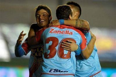 Arsenal festejó ante Banfield y le ganó 1-0 con gol de Palacios