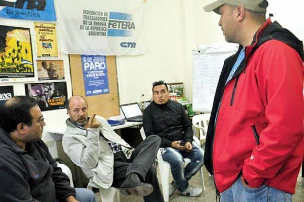 Tensión en transporte de colectivos por despidos, suspensiones y falta de pago