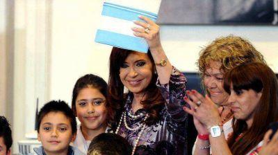 Cristina anunció la prórroga del Procreauto y reafirmó que hay un boicot de las automotrices