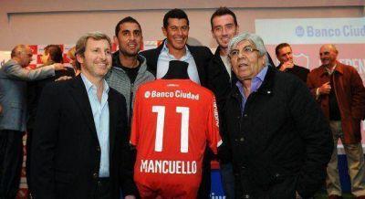 Macri le dio el sponsor del Ciudad a Independiente y alienta las versiones de un acuerdo con Moyano