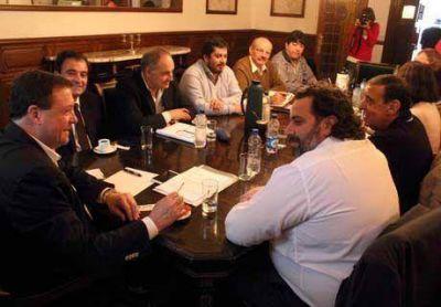 Reunión de Gabinete: hablan de unidad y cohesión detrás del Gobernador