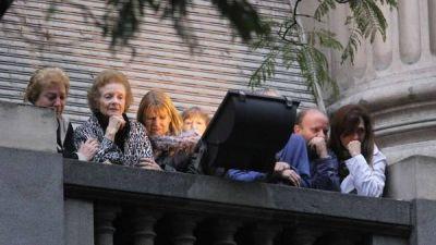 La madre de Cerati, entre l�grimas, salud� a los fans