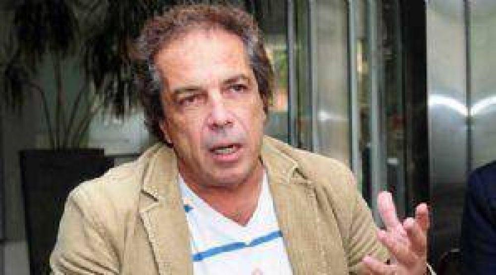 UCR: Vidosa le aconsejó a Velázquez que se calme