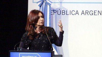 Cristina compartirá un acto con casi 3 mil industriales, pero no irá la UIA