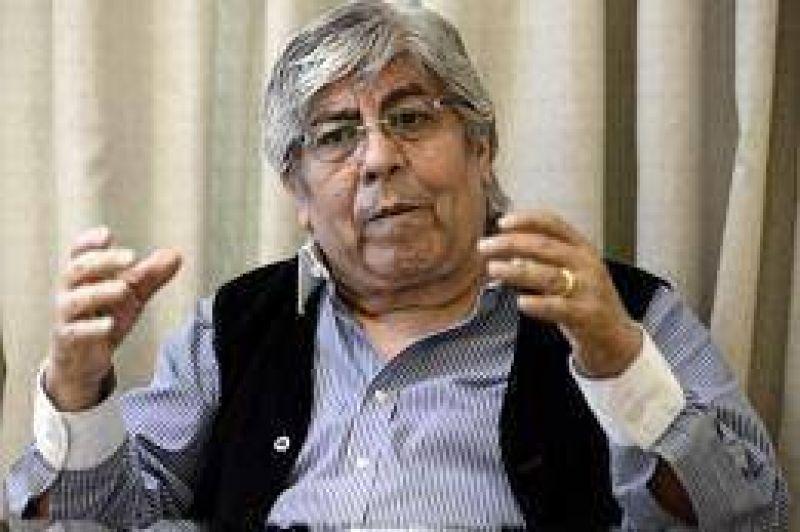 Moyano avaló las declaraciones del titular de la UIA en las que comparó al Gobierno con la dictadura