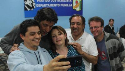Cosquín echó al intendente k Villanueva