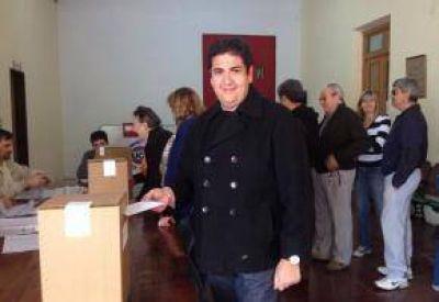 Por 37 votos, Pablo Quiroga es el nuevo Presidente de la UCR