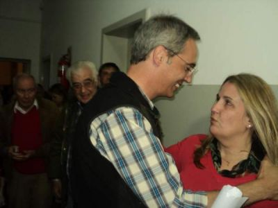 Celina Sburlatti gan� las internas radicales