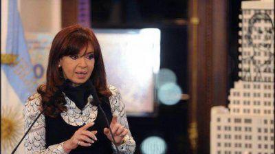 Cristina pidió a la oposición que