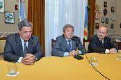 Diputados firm� convencio para la construcci�n de un Centro de Estudios en Berisso