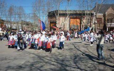 Rauch: Espectáculos musicales en la XVIII Fiesta Nacional del Ave de Raza