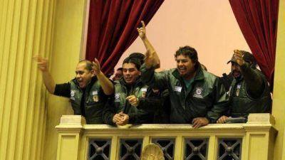 Militantes de SMATA abuchearon a diputados opositores