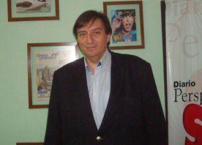 Ricardo Cerna anunció que se presentará en las PASO
