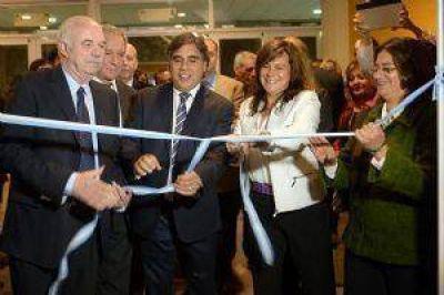 Con fuerte apoyo nacional comenzó la feria de la producción catamarqueña