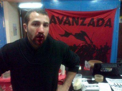 Denuncian que Franja Morada golpeó a estudiante de Derecho por una bandera