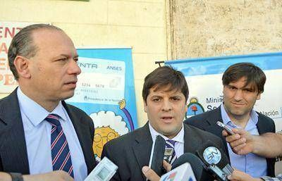 Bossio y Berni presentaron la Guía de Seguridad Integral del Adulto Mayor