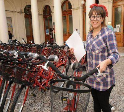 Ya se entregaron 550 bicicletas universitarias