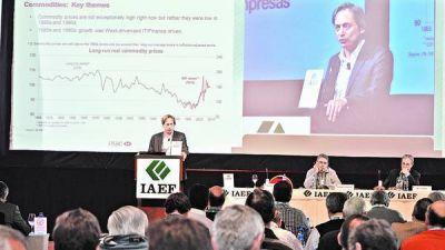 Economistas y banqueros, contra la ley del nuevo canje