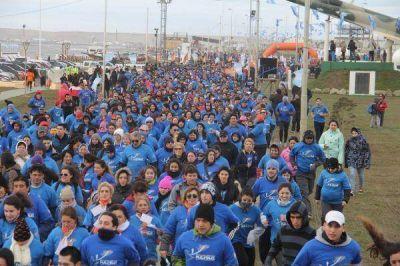 Miles de vecinos participaron de la marat�n por Malvinas