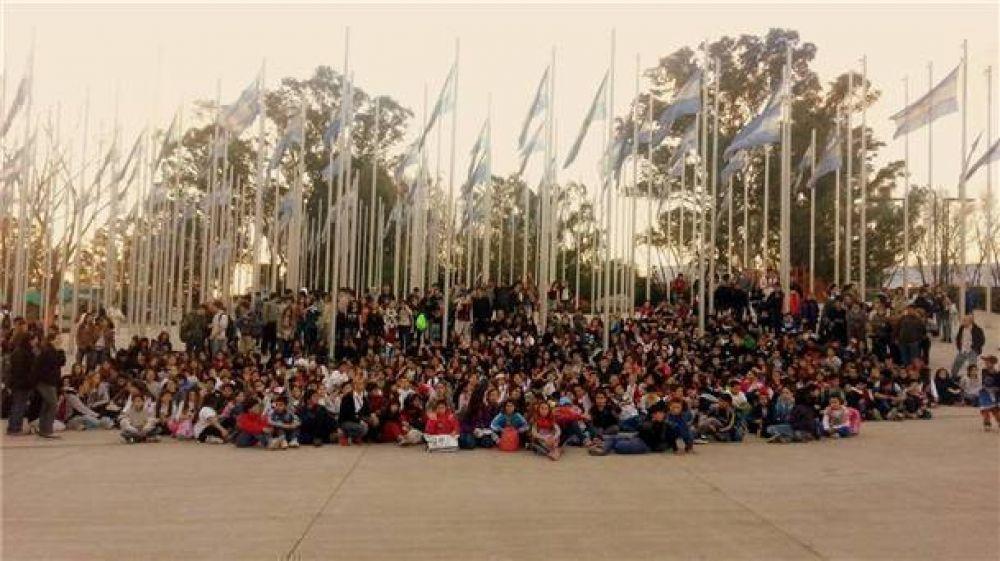 Mil estudiantes bolivarenses descubrieron Tecnópolis