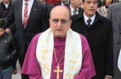 Monseñor Cargnello cuestionó la corrupción y el asistencialismo