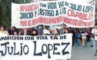 Marcha en La Plata a 8 a�os de la desaparici�n de Jorge Julio L�pez
