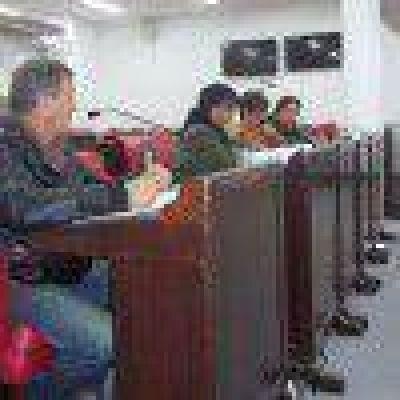 Empleados municipales podrán terminar la Primaria