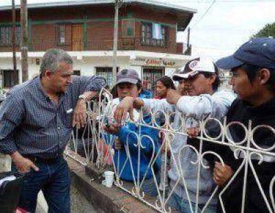 Gerardo Morales en Libertador: seguridad y salud, dos temas recurrentes  en los reclamos comunitarios