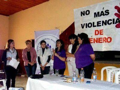 Charla sobre violencia de género en Pampa del Infierno