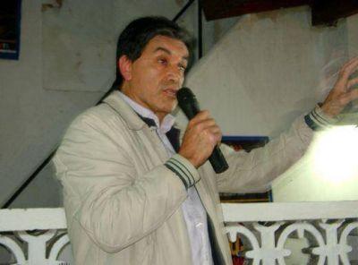 """Miguel Ríos inauguró local massista y """"Pato"""" Galmarini casi le arruina la fiesta"""