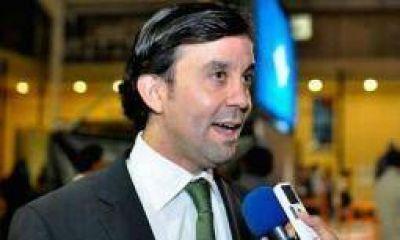 Capital tiene otro candidato a intendente: Felipe Álvarez