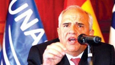 Samper titular de UNASUR advierte un plan desestabilizador en contra