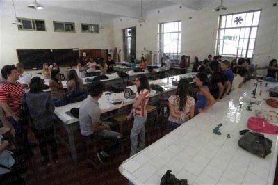 En la Universidad de La Plata, s�lo se reciben tres de cada diez ingresantes