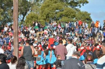 Una multitud celebró el inicio de la primavera en el Parque Libres del Sur