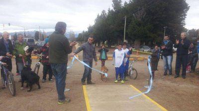 Municipio de Dina Huapi inauguró su bicisenda