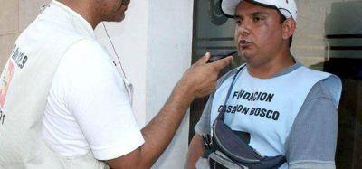 Tarjeteros (en negro) denuncian persecución del intendente fabián ríos