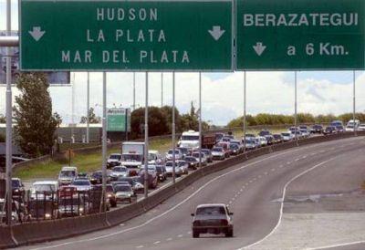 Antes de fin de año se inaugura el tercer carril de la autopista Bs.As.-La Plata