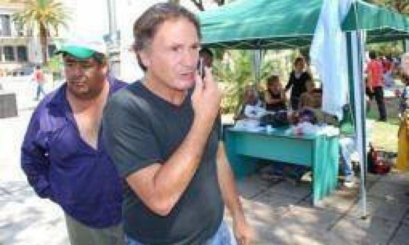 Gremios disidentes reclaman un aumento de $1.000 en octubre
