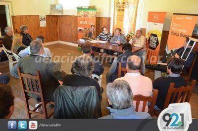 En la reunión de la Mesa Apícola se hizo hincapié en las inundaciones de varios colmenares bonaerenses