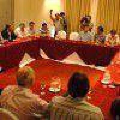 Fracasó la reunión de la UCR y culpan a Ayala y Cipolini