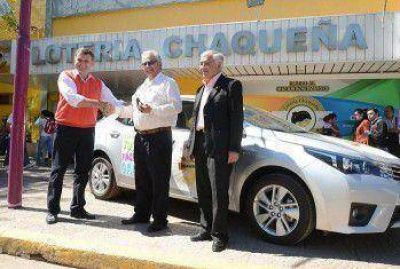 Un chofer se llevó el Toyota Corolla del Bingo de Oro de Lotería Chaqueña