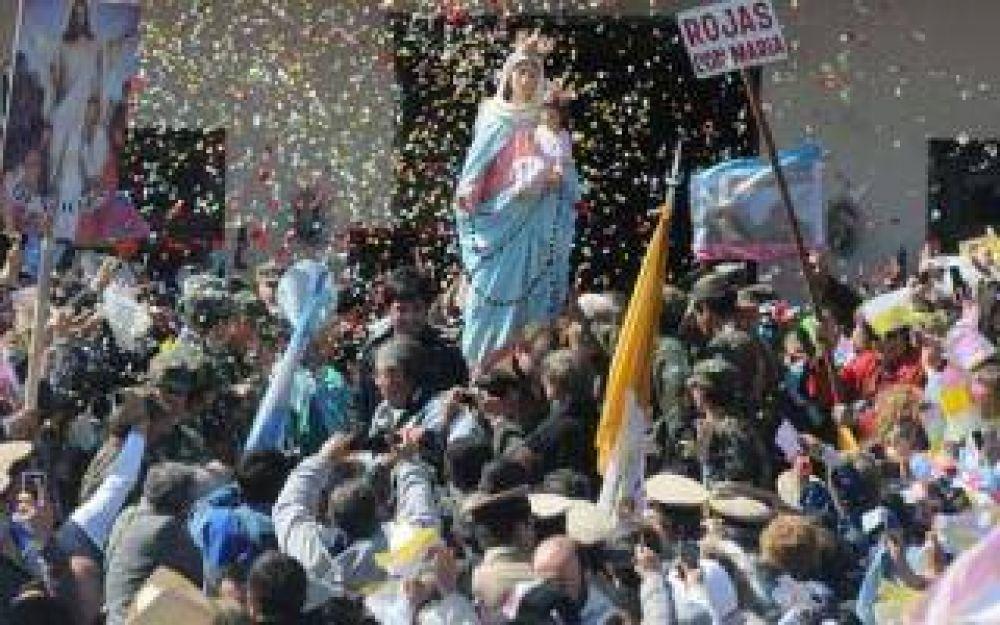 Miles de fieles acompañaron la procesión de la Virgen del Rosario en San Nicolás
