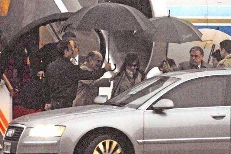 En Olivos, la Presidenta define con Kirchner cómo rearmar su gobierno